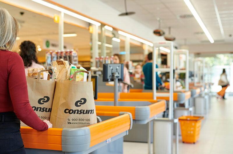 Consum abre dos nuevos supermercados en Burjassot y Bolaños de Calatrava