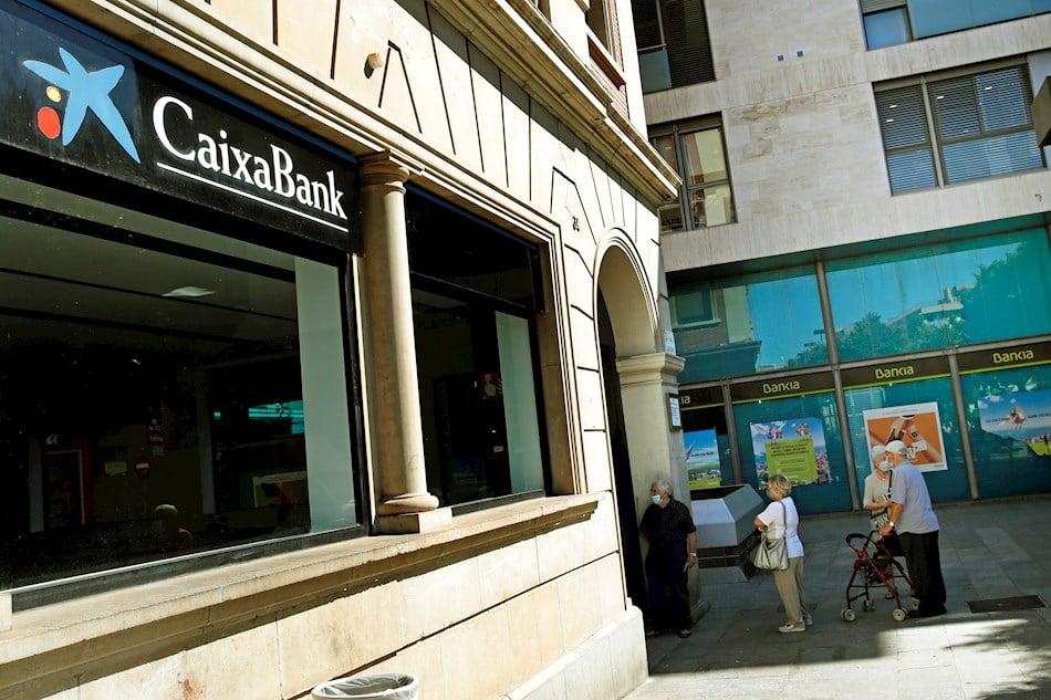 Bankia podría tener más del 25% del nuevo grupo tras la fusión con CaixaBank