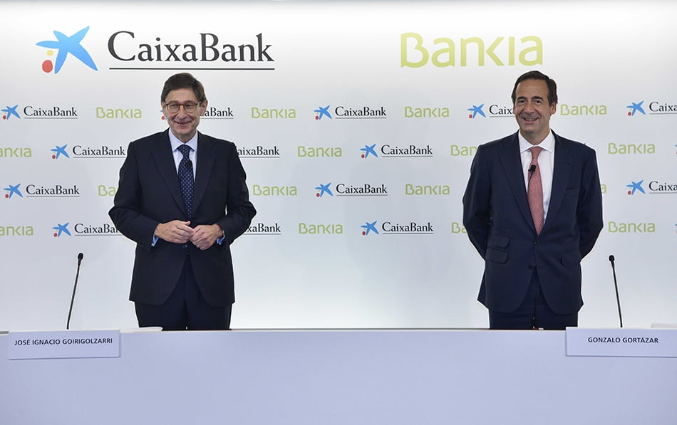 Imagen destacada CaixaBank y Bankia competirán hasta el último día e innovarán para ajustar plantilla