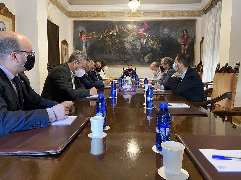 La Diputación de Castellón apuesta por la colaboración con el Clúster de Energía-CV