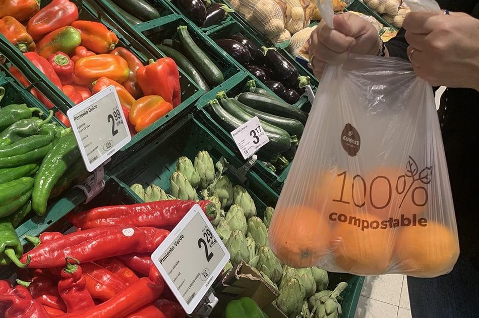 Consum elimina más de 1.300 t de plástico al año con su Plan de Reducción de Envases
