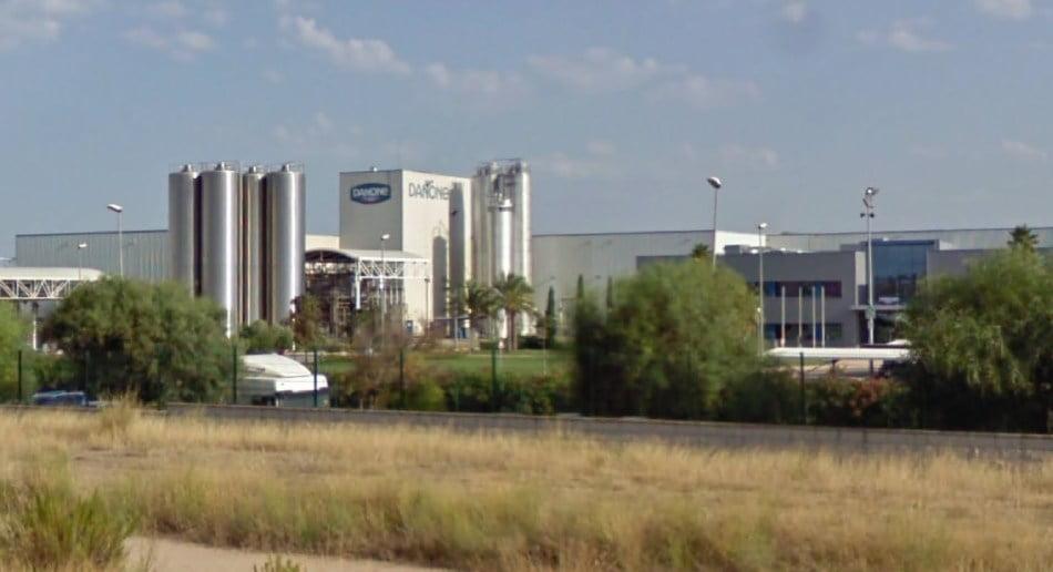 Sindicatos no prevén despidos de Danone en la planta de Aldaia