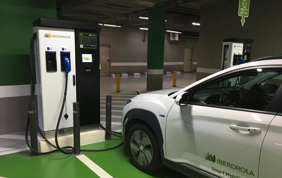 Iberdrola y Aqua ponen en marcha la mayor plataforma de recarga para vehículos eléctricos de València