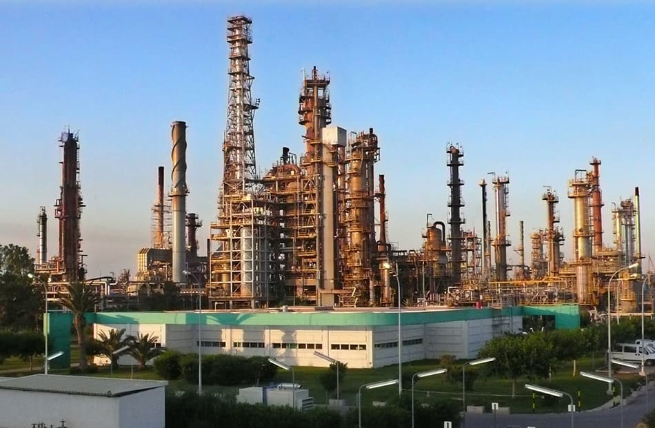 La refinería de BP en Castellón emitió 934.738 toneladas de CO2 equivalente en 2019
