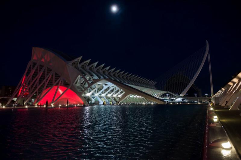 La Ciutat de les Arts i les Ciències enciende su iluminación especial de Navidad