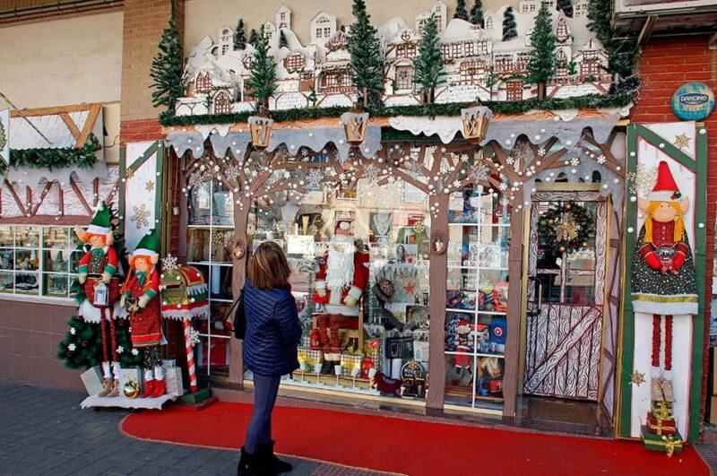 Escaparate navideño 2020 en la ciudad de Alicante