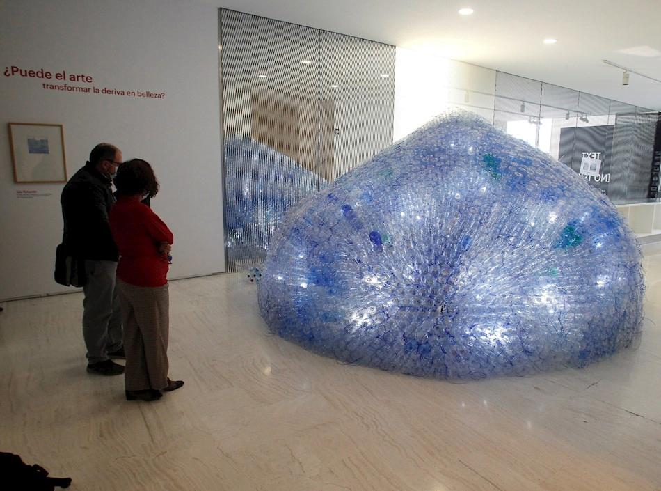 Imagen destacada Una isla de 3.600 plásticos lanza un SOS por la contaminación de los mares