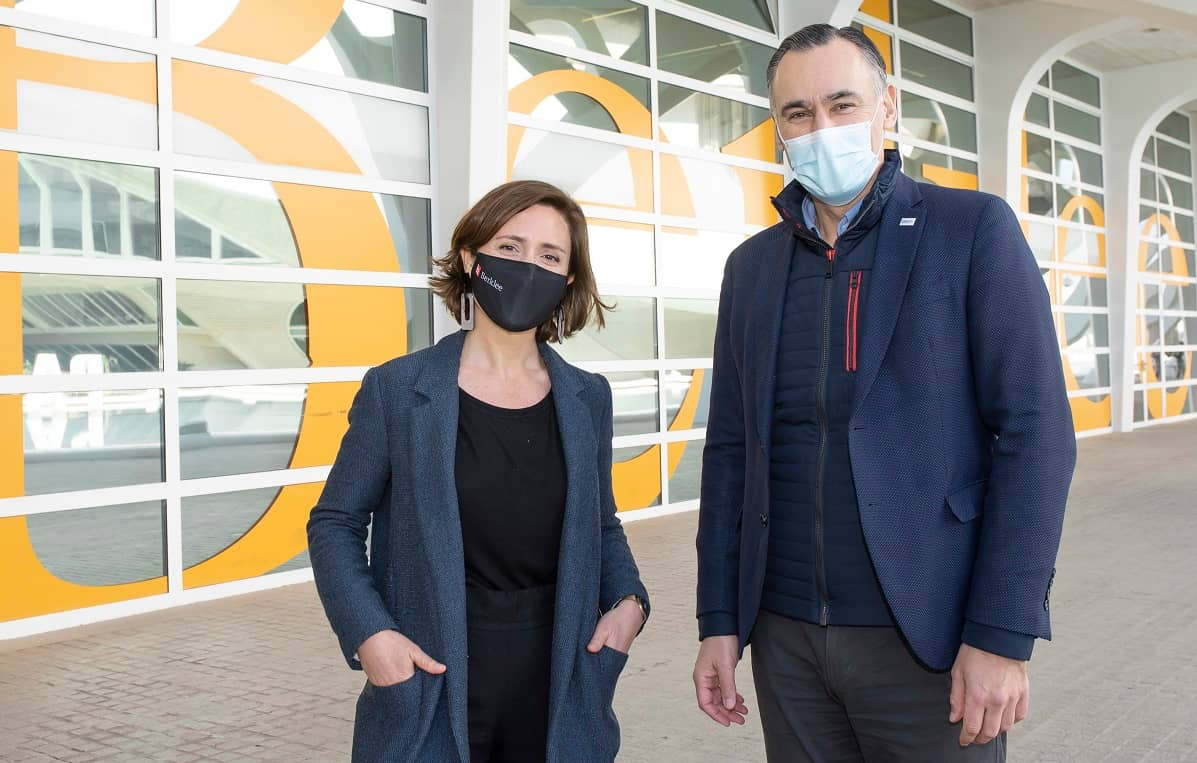 María M. Iturriaga, directora ejecutiva de Berklee Valencia y David Conde, director de la Territorial Este de BBVA