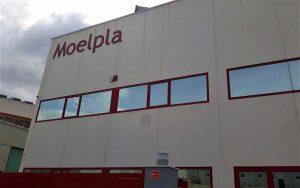 Fachada de la empresa Moelpla.
