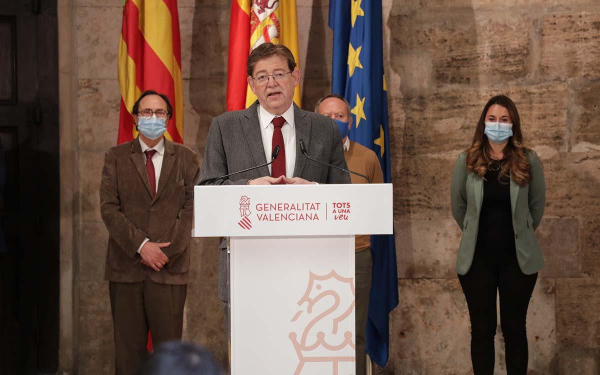 Ximo Puig en el Palau de la Generalitat en el que ha anunciado el Plan Resiste de 340 millones para los sectores más afectados.