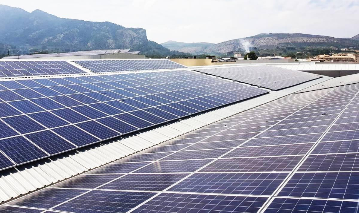 Instalación fotovoltaica de Cubierta Solar