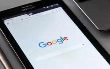 Página web de Google en una tablet