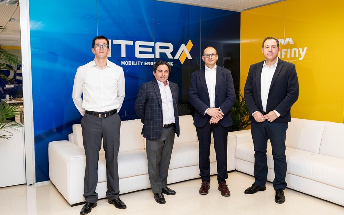 El equipo de Itera en su sede