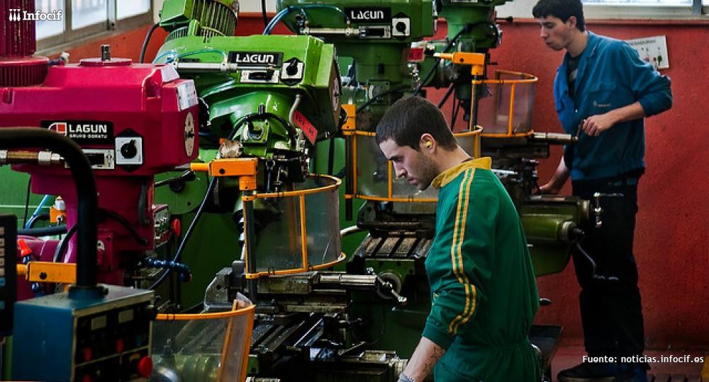 Comercio y reparación de vehículos, sectores con más nuevos autónomos