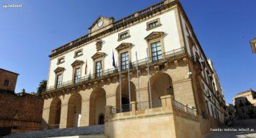 Extremadura crea la primera red de municipios emprendedores