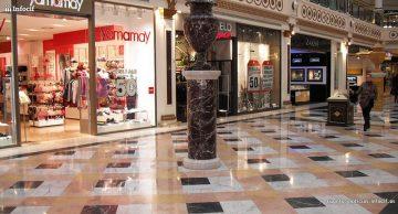 Los centros comerciales repuntan en visitantes y ventas. Foto: M.Peinado cc