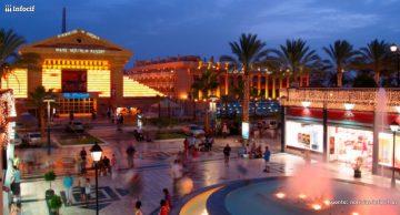 Los centros comerciales vuelven a llenarse tras la crisis. Foto: Roberto Carlos Pecino Martínez cc