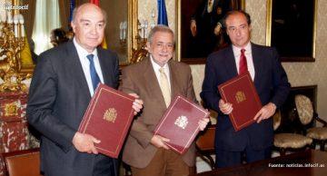 José María Lacasa (CEOE) izq