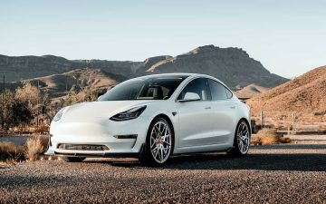 Coche Tesla, empresa fundada por Elon Musk