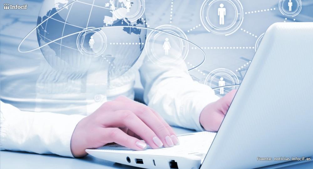 El 76,5 % de los trámites con la Administración en 2013 fueron por internet