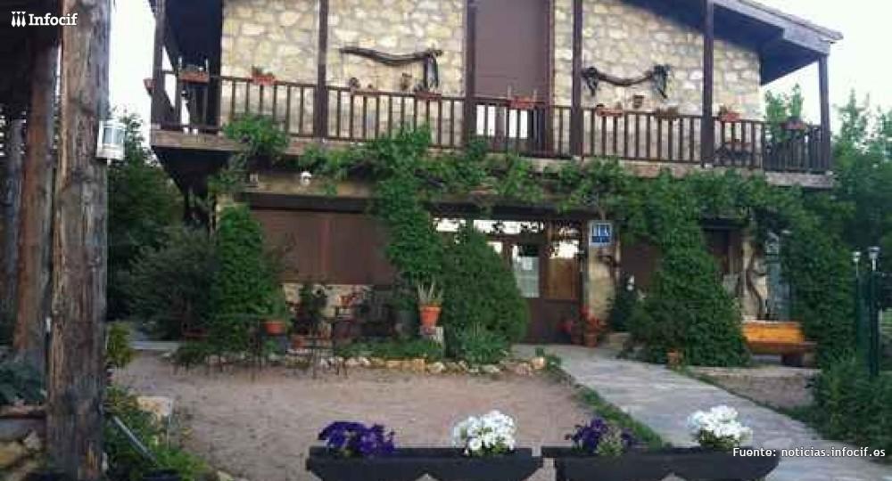 """Alojamiento rural en Hotel Rural Apartamentos """"Los Quiñones"""""""