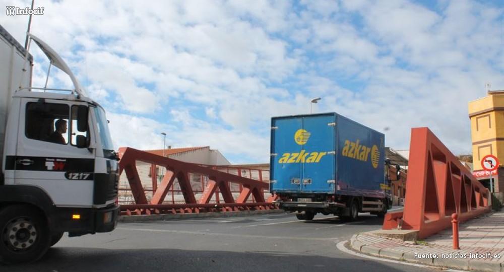 El transporte desconvoca la huelga por el 'céntimo sanitario'