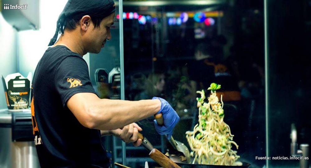 Lemongrass es una firma de cocina fusión tha que desarrolla un concepto de restauración sin competencia