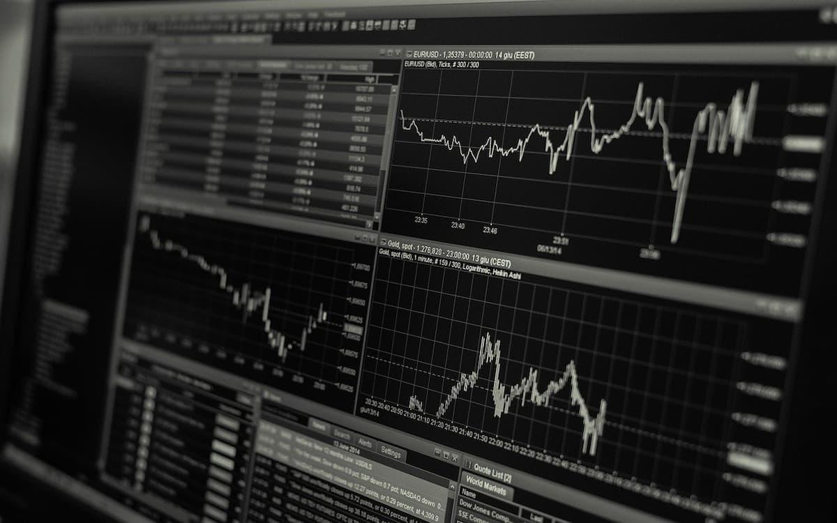 Los valores de prima de riesgo fluctúan constantemente según factores generales