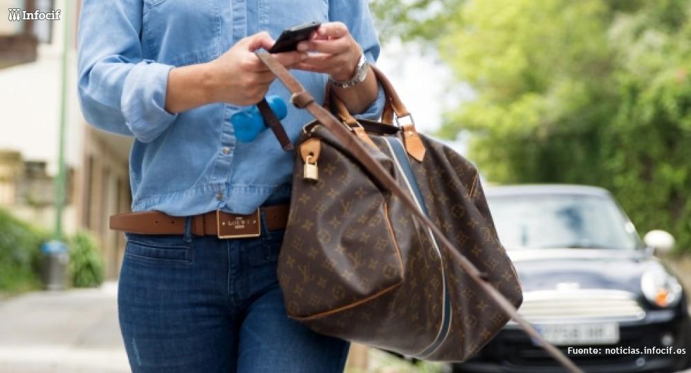 Movilens son unas gafas de presbicia que ayuda a mejorar la lectura de los mensajes recibidos en los Smartphones