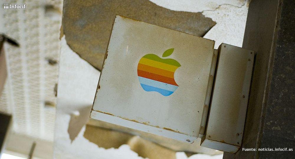 Subastan dos placas originales de las oficinas de Apple. Foto: Paolo Tonon cc