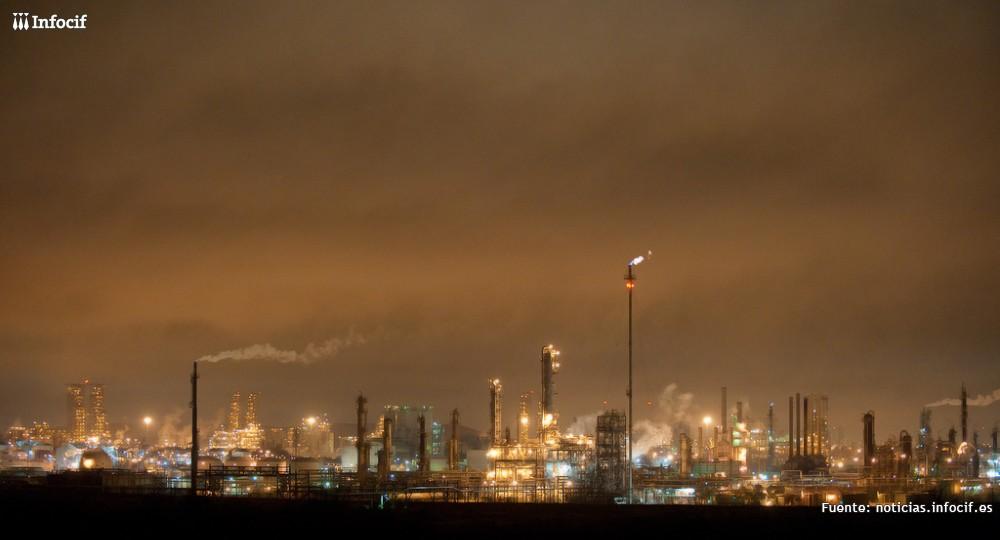 Las empresas del plástico reclaman una industria potente en Europa. Foto: Louis Vest cc