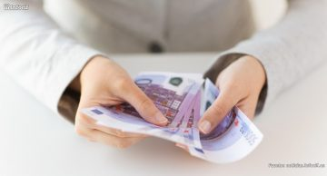 ¿Qué ocurriría si los gobiernos regalaran dinero a la población?