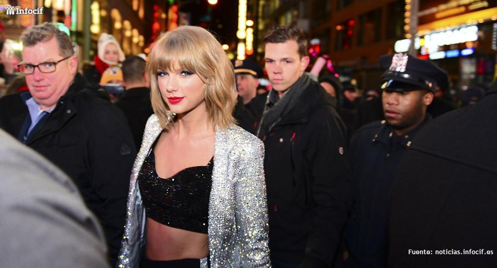 Taylor Swift, la famosa que ingresa más dinero del planeta (Forbes)