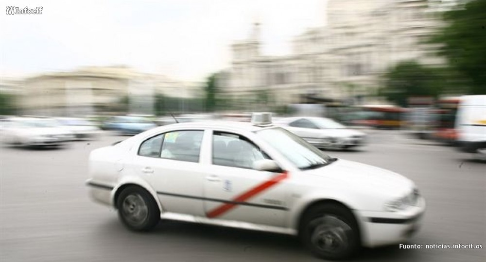 Fomento anuncia que intensificará los controles, mientras Uber aumenta un 850% sus usuarios