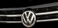 Volkswagen en Pamplona fabrica el coche de la Policía rumana