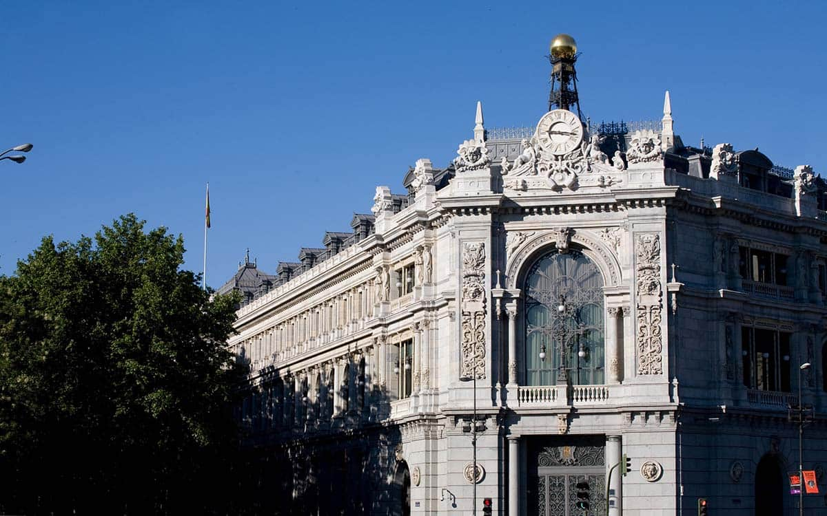 Fachada principal del Banco de España