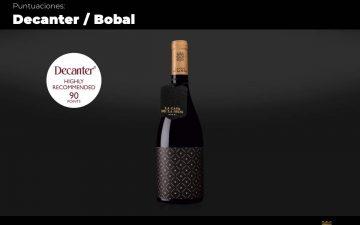 Botella de vino Murviedro, de la Casa de la Seda, puntuado con sobresaliente por la revista Decanter