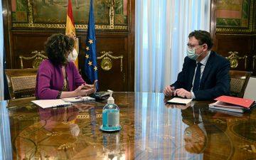 El president de la Generalitat, Ximo Puig, se reúne con la ministra de Hacienda, María Jesús Montero.