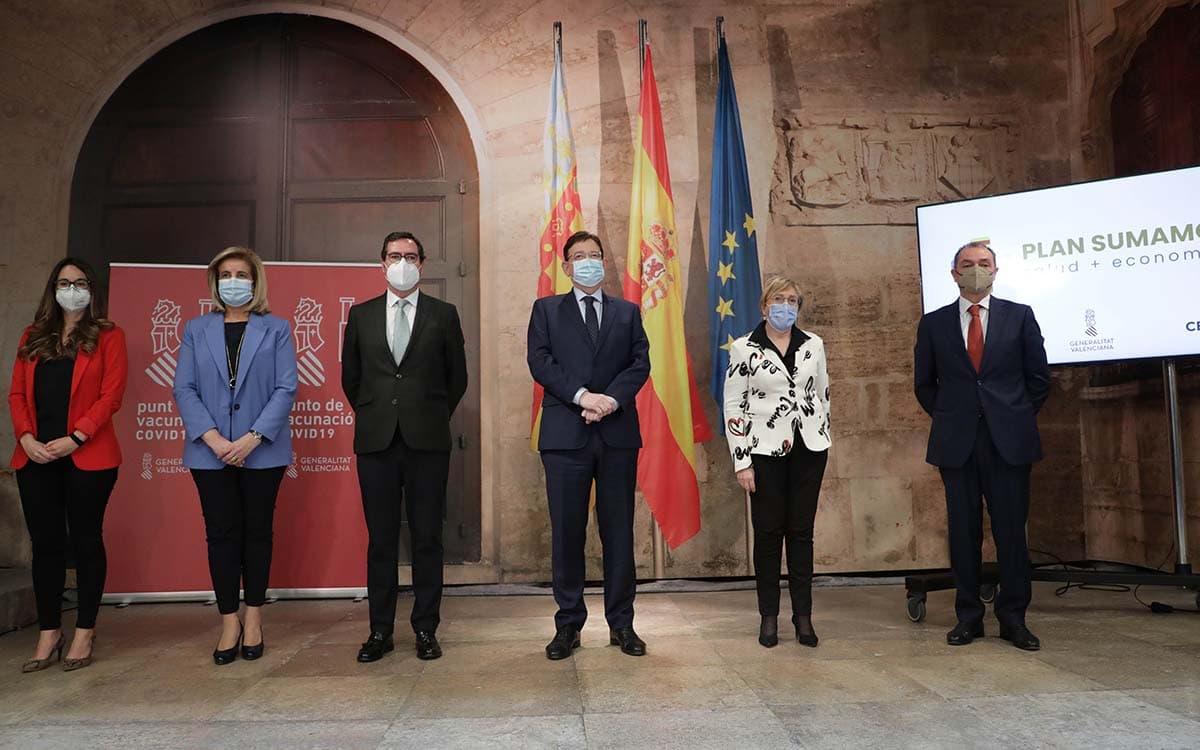 Zulima Pérez, Fátima Báñez, Antonio Garamendi, Ximo Puig, Ana Barceló y Salvador Navarro