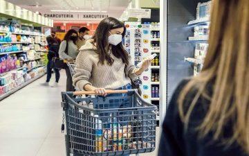 Consum sustituye los mangos de los carros de compra