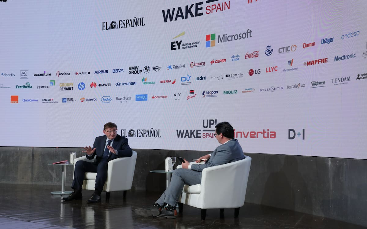 El presidente de la Generalitat Valenciana, Ximo Puig, participa en el foro Wake up Spain!