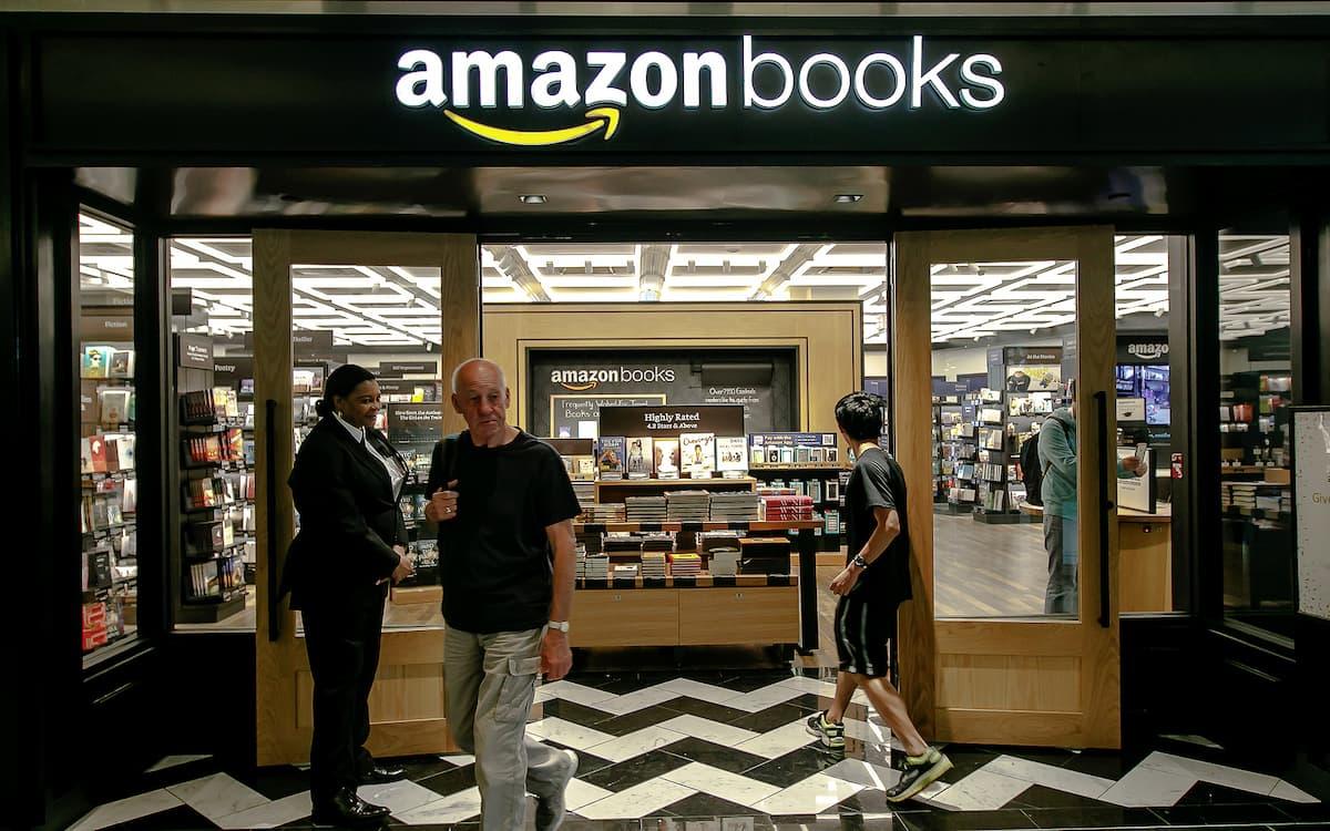 Librería de Amazon abierta