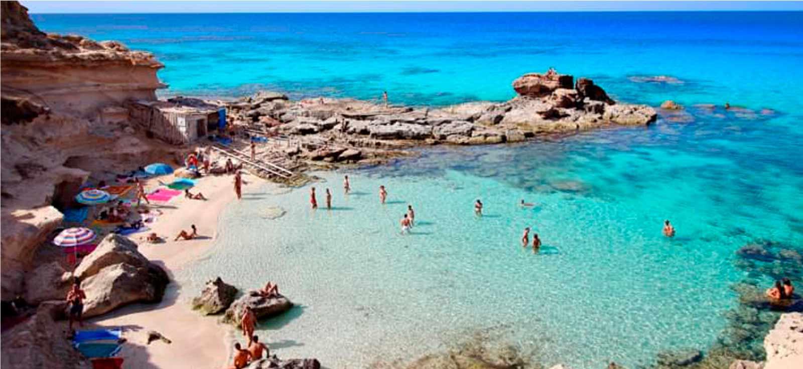 Esta hermosa playa es uno de los rincones que ver en Formentera