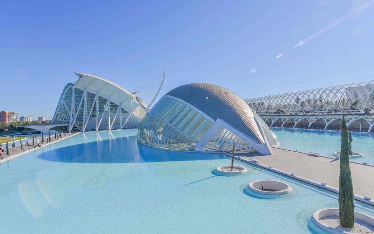 La Ciudad de las Ciencias es uno de los lugares más recomendables que ver en València en dos días