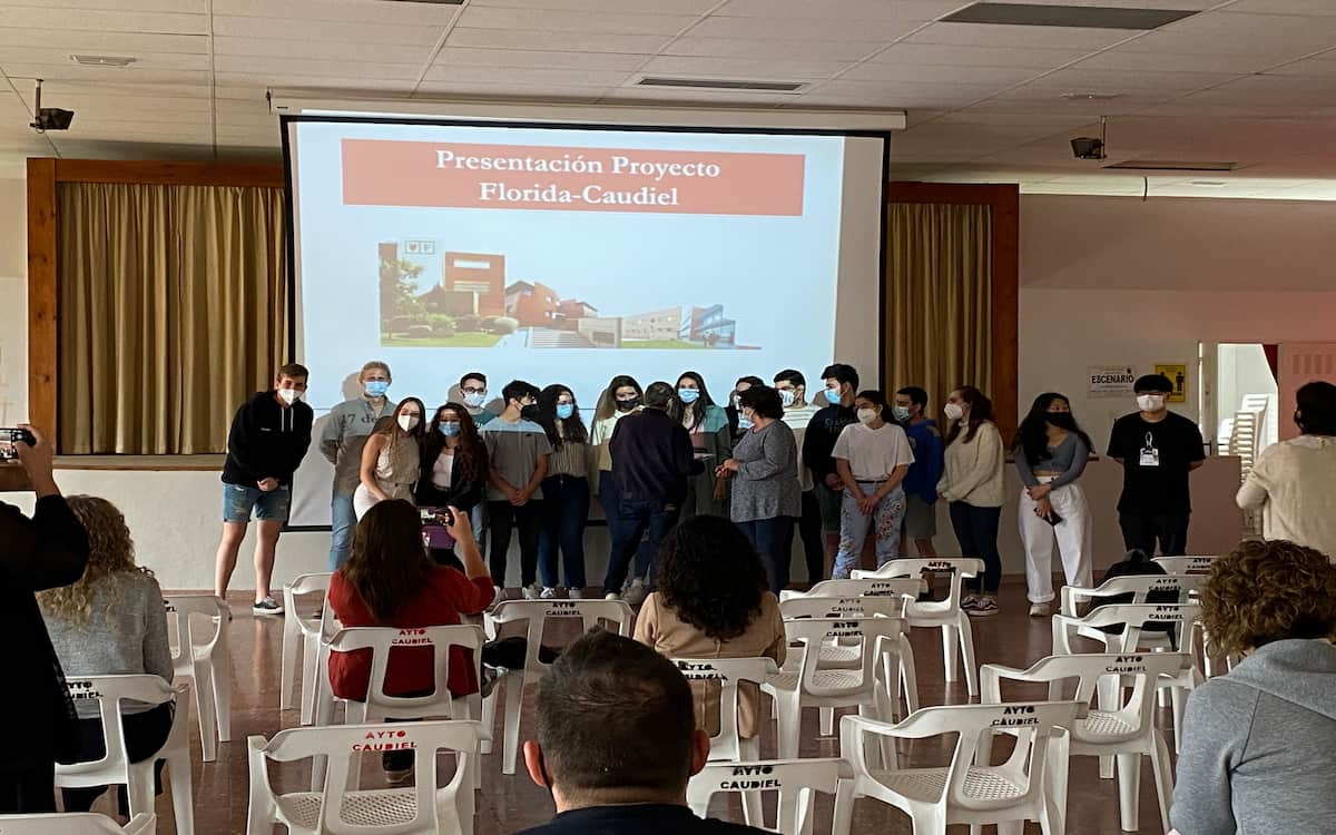 alumnos de turismo de Florida Universitaria