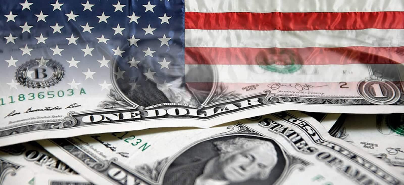 Dólar americano con bandera de EEUU