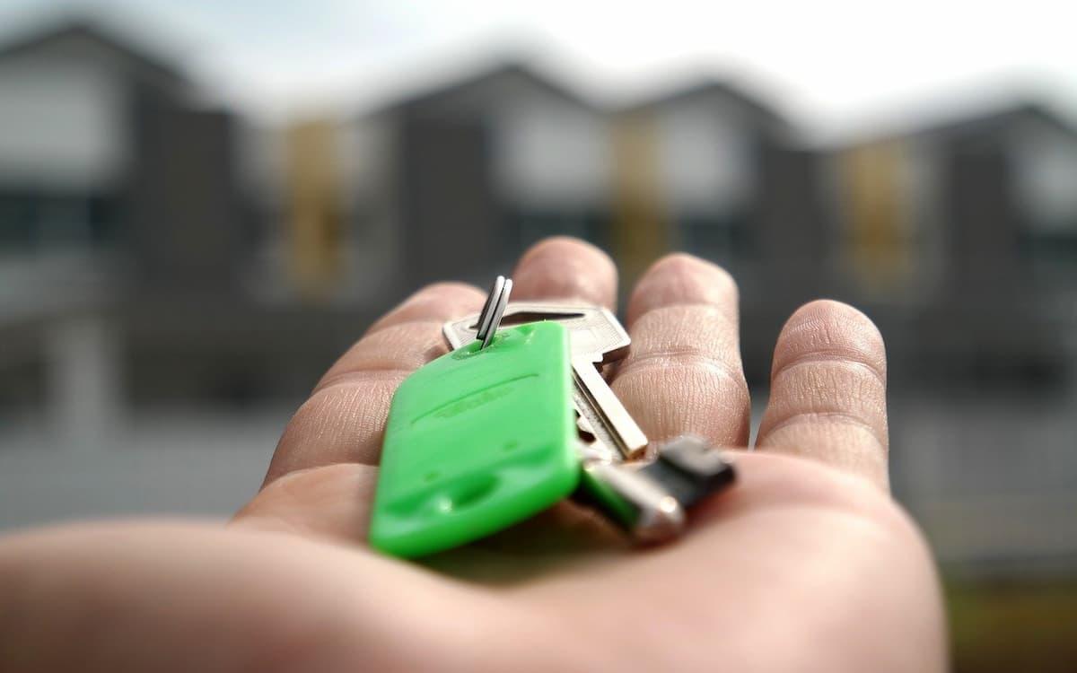 Hipotecas. Pisos. (Imagen de mastersenaiper en Pixabay)