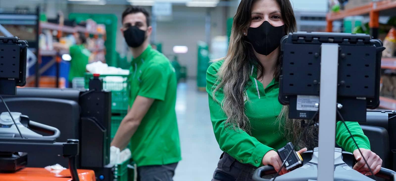 Mercadona invierte en mascarillas reutilizables