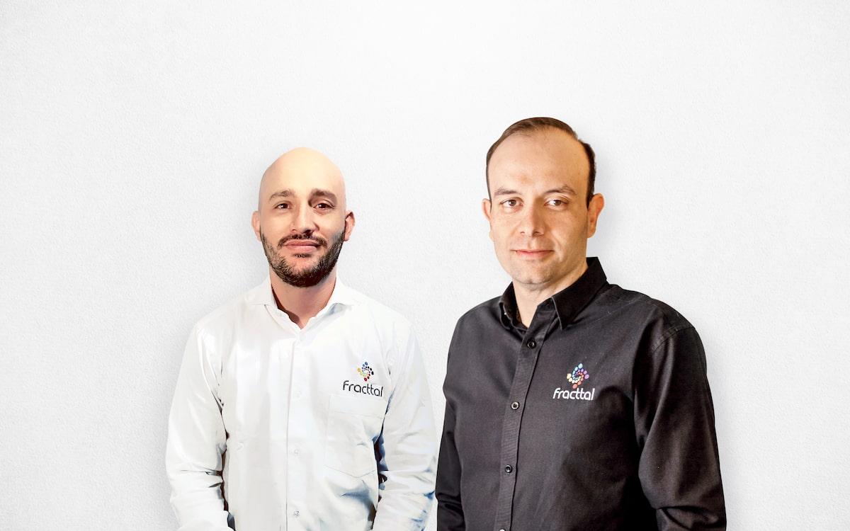 Alejandro Pérez (izquierda) y Christian Struve (derecha), fundadores de Fracttal