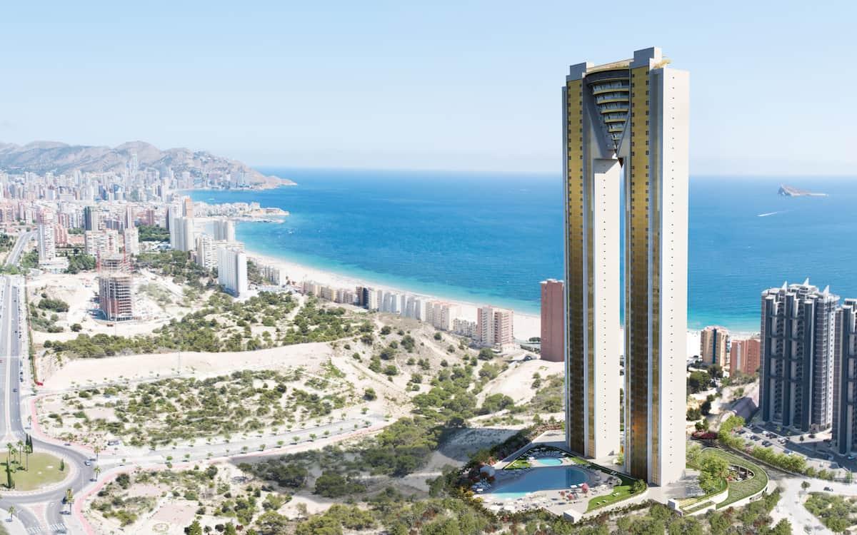 El rascacielos Intempo Sky Resort, que lidera el nuevo skyline de Benidorm y ya es patrimonio de la ciudad, finalizará sus obras en el mes de julio